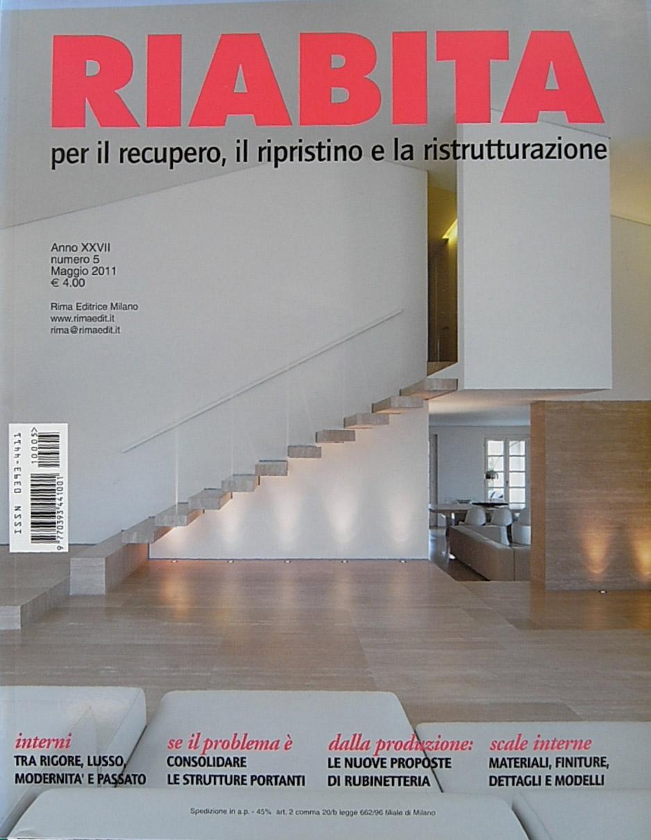 copertine_Riabita-n5-2011